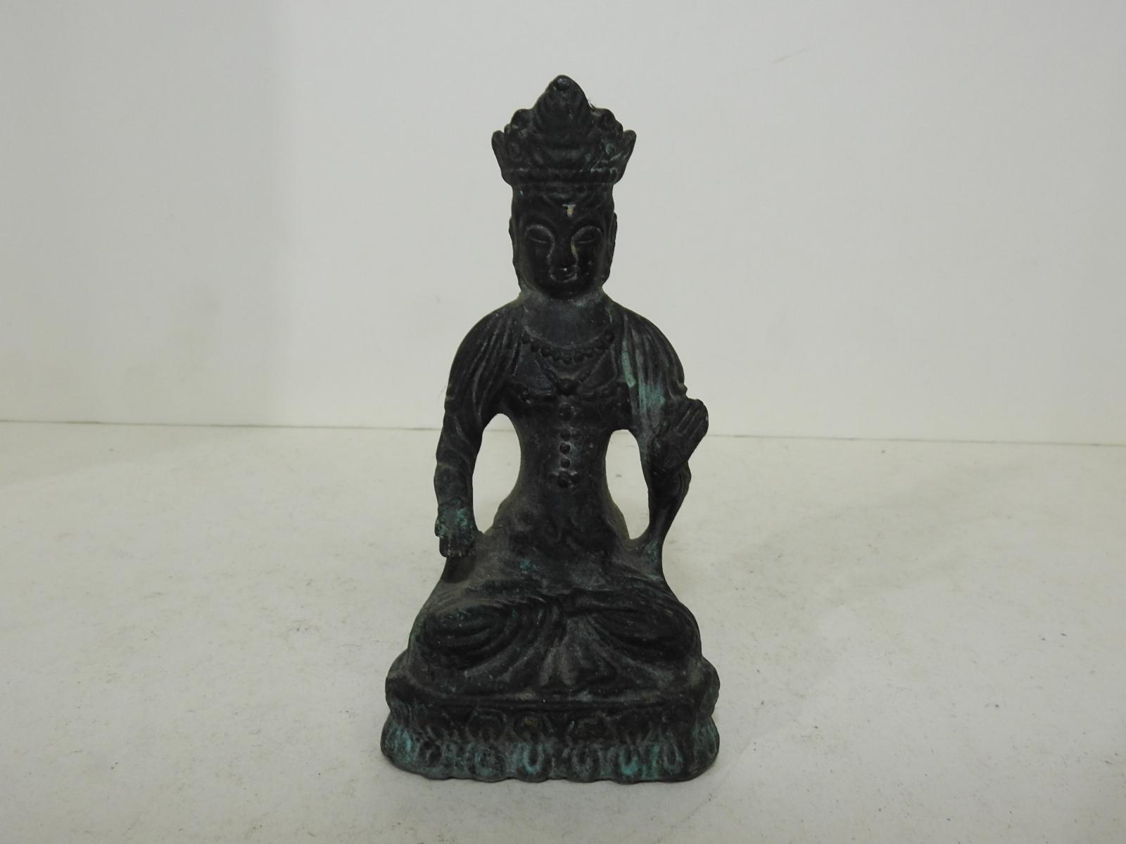청동으로된 부처님 호신좌불상